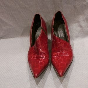 Donald Pliner Heels Red with Silver Heel SZ 7 Med